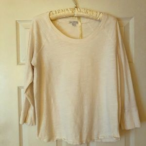 James Perse cotton top with 3/4 length sleeves.